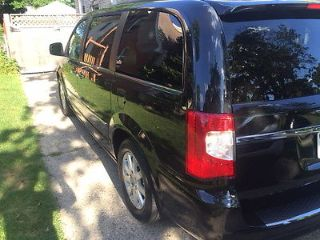 Used 2012 Chrysler Town & Country Touring in Royal Oak, Michigan