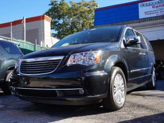 Used 2013 Chrysler Town & Country Touring in Jackson Heights, New York