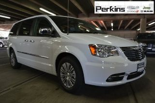 Used 2015 Chrysler Town & Country Touring in Colorado Springs, Colorado