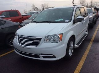 Chrysler Town & Country Limited Edition 2016