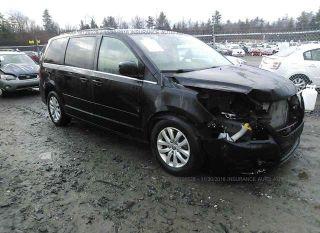 Volkswagen Routan SE 2012