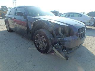 Dodge Magnum SE 2006