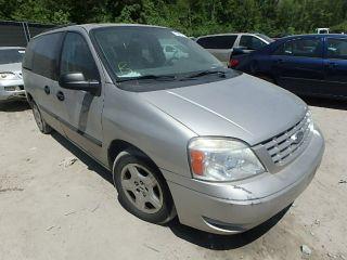 Ford Freestar SE 2004