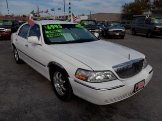 Used 2010 Lincoln Town Car Signature Limited In Houston Texas