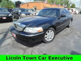 Used 2010 Lincoln Town Car Executive L In Milwaukee Wisconsin
