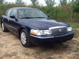 Used 2005 Mercury Grand Marquis GS in Indianapolis, Indiana
