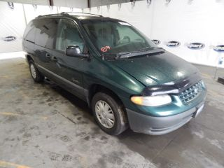 Plymouth Grand Voyager 1999