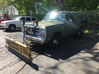 1986 Dodge Ramcharger 100