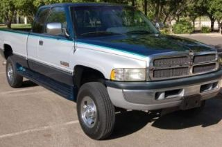 Used 1997 Dodge Ram 2500 SLT in Middletown, Connecticut