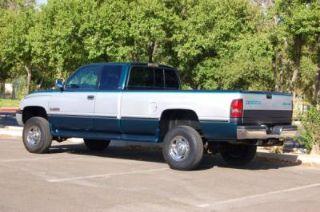 Used 1997 Dodge Ram 2500 SLT in Parkersburg, West Virginia