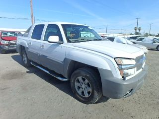 Used 2002 Chevrolet Avalanche 1500 in Fresno, California