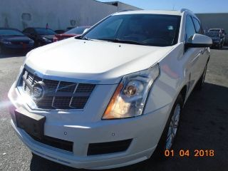 Cadillac SRX Luxury 2012