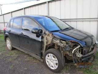 Nissan Versa S 2010