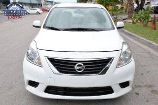 Nissan Versa S Plus 2014