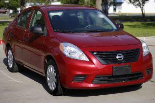 Nissan Versa S 2014