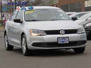 Volkswagen Jetta Base 2013