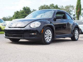 Volkswagen Beetle Entry 2015