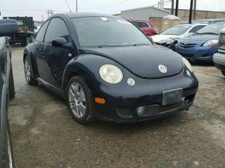 Volkswagen New Beetle S 2003