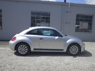 Used 2013 Volkswagen Beetle in Athens, Ohio