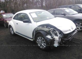 Used 2013 Volkswagen Beetle in White Plains, Maryland