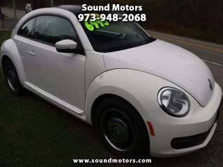 Volkswagen Beetle Base 2012
