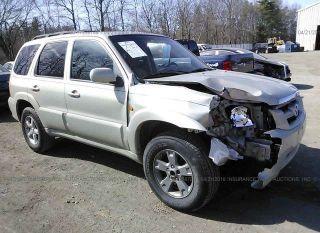 Mazda Tribute s 2005