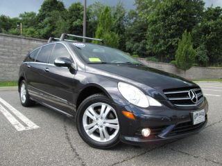 Used 2009 Mercedes-Benz R 350 in Wakefield, Massachusetts