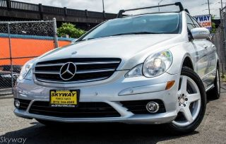 Used 2010 Mercedes-Benz R 350 in Newark, New Jersey