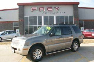 2005 Mercury Mountaineer Luxury