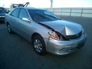 Toyota Camry LE 2004