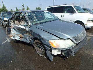 Toyota Avalon XL 2002