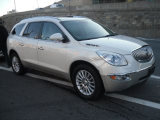 Buick Enclave CXL 2011