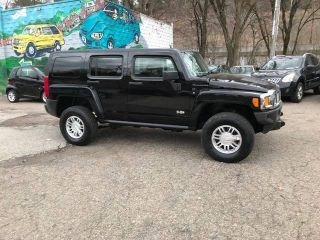 Used 2007 Hummer H3 Base in Pittsburgh, Pennsylvania