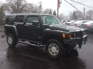 Used 2009 Hummer H3 in Bloomfield Hills, Michigan