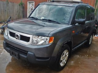 Honda Element LX 2009