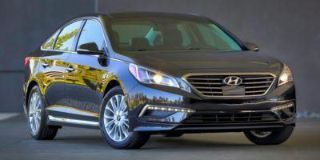 Used 2016 Hyundai Sonata SE in Plainfield, Connecticut