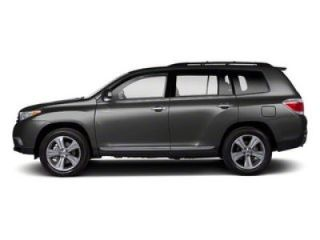 Used 2013 Toyota Highlander SE in Greenwich, Connecticut