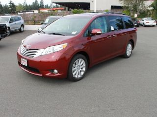 Used 2014 Toyota Sienna in Yreka, California