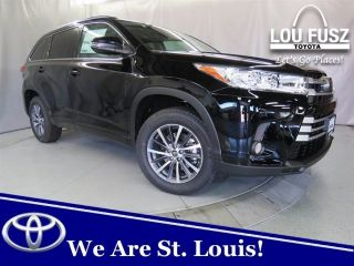 New 2018 Toyota Highlander XLE in Kirkwood, Missouri