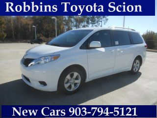 Used 2014 Toyota Sienna LE in Nash, Texas