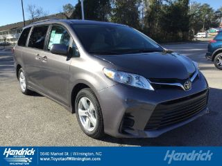 Toyota Sienna LE 2018