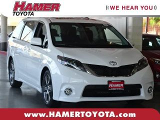 Used 2015 Toyota Sienna SE in Mission Hills, California