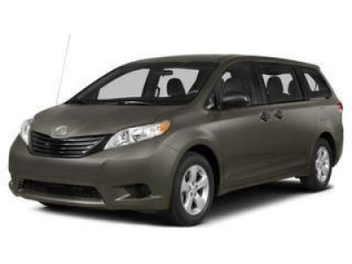 Used 2015 Toyota Sienna XLE in West Simsbury, Connecticut