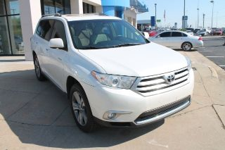 Toyota Highlander Limited 2011
