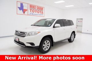 Toyota Highlander Base 2013
