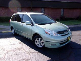 Toyota Sienna XLE 2008