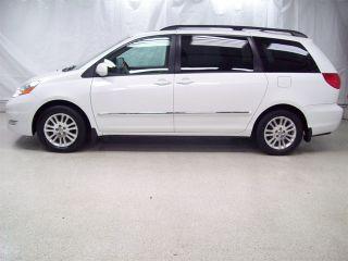 Toyota Sienna XLE Limited 2009