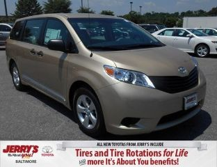 Used 2014 Toyota Sienna L in Baltimore, Maryland
