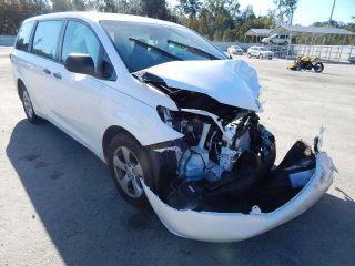 Toyota Sienna L 2015
