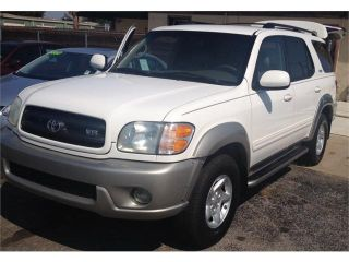 Used 2002 Toyota Sequoia SR5 in Moore, Oklahoma